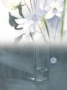Weihnachtsgeschichten, weiße Blumen, Glas   Aquarell, Pastellkreide, Mischtechnik / Mixed Media